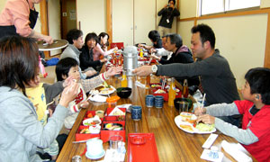 第2回 SIKARRARI 「ぶんぶん湯煙日帰りの旅」お食事