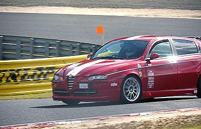 AM11:50~レースA予選スタートです。レースAには147TS 2台が参戦です。